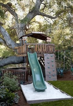 What a fab tree house jungle gym /landscape by Stout Landscape Design-Build Backyard Playground, Backyard For Kids, Backyard Ideas, Tree House Playground, Toddler Playground, Garden Kids, Backyard Fences, Cubby Houses, Play Houses