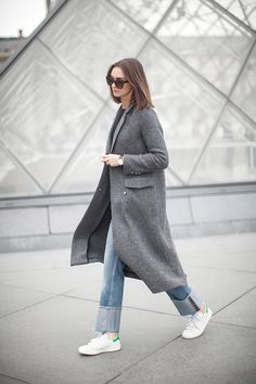 Coat – Zara Sweater and jeans – H&M Shoes – Adidas Stan Smith Bag – Saint Laurent Sunglasses – ZeroUV Watch – Daniel Wellington ankle-baring, barefoot, barfuss, girl,  jeans, no socks, ohne socken, running shoe, sneakers, sockless feet, without socks, без носков, босиком, джинсы, кроссовки, на босу ногу, на голую ногу, пальто