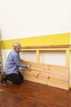 Create a headboard with paneling DIY Household Headboard Alternative, Family Bed, Diy Headboards, Wood Headboard, Wood Bedroom, Diy Bedroom, Diy Holz, Design Room, Diy Painting