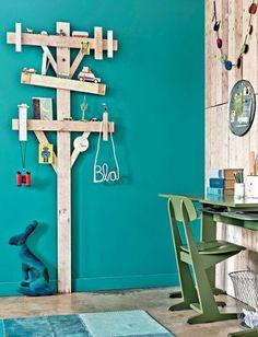 Lineman kids room