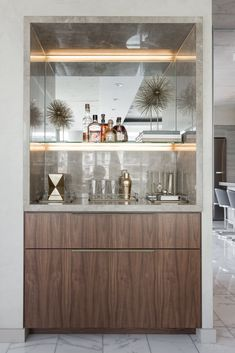 Thompson Hotel Private Suite Modern Home in Toronto, Ontario, Canada… on Dwell Mini Bar At Home, Small Bars For Home, Home Bars, Modern Home Bar Designs, Modern Bar, Living Room Bar, Coffee Bar Home, Built In Bar, Küchen Design
