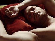 """""""Quédate a vivir en esta cama, Alba"""""""