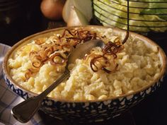 If you love Spaetzle you'll love this. Its Cheese Spaetzle. Cheese Spaetzle, Spaetzle Recipe, Swiss Recipes, German Recipes, Oktoberfest Party, Pasta Dishes, Macaroni And Cheese, Food And Drink, Cooking Recipes