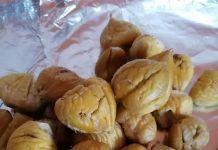 Ένας εύκολος τρόπος για να ξεφλουδίσουμε τα κάστανα Greek Recipes, Almond, Baking, Fitness, Food, Bakken, Essen, Greek Food Recipes, Almond Joy