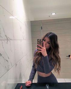 tysm for ur elbow Selfies, Brunette Sombre, Koleen Diaz, Instagram Baddie Outfit, Cute Edgy Outfits, Baddie Hairstyles, Braided Hairstyles, Hair Laid, Just Girl Things