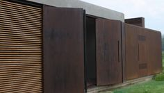 IRONeX is a class A Corten steel cladding that performs excellently indoors and out of doors and is especially suitable for ventilated curtain walls and architectural features exposed to an aggressive atmosphere.