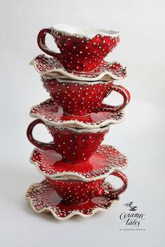 littlealienproducts:Ceramic Mushroom Dining Ware by CeramicTale. Ceramic Pottery, Ceramic Art, Slab Pottery, Thrown Pottery, Pottery Vase, Ceramic Bowls, Ceramic Mugs, Photographie Post Mortem, Home Decoracion