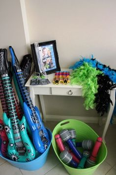 Going to have a two-hour karaoke party at our Ditton Field wedding before the disco starts. Having these inflatables! Going to be such a laugh! Rockstar Party, Rockstar Birthday, Dance Party Birthday, 6th Birthday Parties, Boy Birthday, Dance Party Kids, 5th Birthday Party Ideas, Birthday Favors, Birthday Celebration