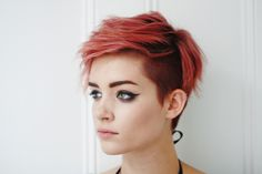 red short hair w/ undercut 2