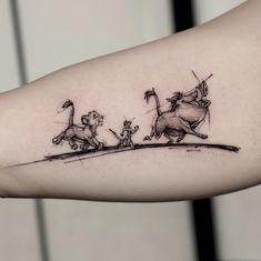 Hakuna Matata / The Lion King 1994 Work by Diy Tattoo, Stick Tattoo, Tattoo Kits, Tattoo Ideas, Tatuajes Tattoos, Bild Tattoos, Top Tattoos, Small Tattoos, Maori Tattoos