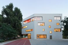 Maria-Montessori-Grundschule in Berlin, Kersten + Kopp Architekten #fenestration