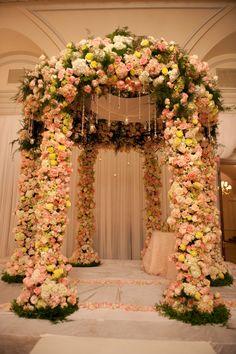 Gorgeous Wedding at Oheka Castle! | TantawanBLOG