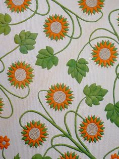 Sunflower quilt from the Museum of American Folk Art. Photo by Rita of Red Pepper Quilts.