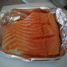 How To Make Steamed Marijuana Salmon With Peas And Carrots