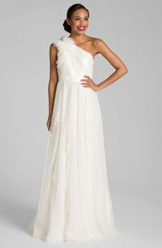 Carmen Marc Valvo 524319, $400 Size: 0 | New (Altered) Wedding Dresses