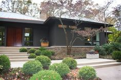 Exterior paint colors for house ranch style mid century modern 25 ideas Brick House Colors, Exterior Paint Colors For House, Paint Colors For Home, Exterior Colors, Exterior Design, Ranch Exterior, Exterior Remodel, Modern Exterior, Grey Exterior