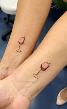 wine and glass couple tattoos design 2020 wine tattoo couple tattooideas trendingtattoo um are you even bffs if you dont get one of these best friend tattoos Diskrete Tattoos, Pair Tattoos, Cute Tattoos, Beautiful Tattoos, Cross Tattoos, Finger Tattoos, Tatoos, Arabic Tattoos, Fish Tattoos