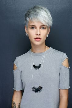 Jewelry from the Rockstar Collection by Shlomit Ofir Stylish Short Haircuts, Short Hairstyles For Women, Pretty Hairstyles, Pixie Hairstyles, Short Blue Hair, Short Blonde, Short Hair Cuts, Short Hair Outfits, Hair Places