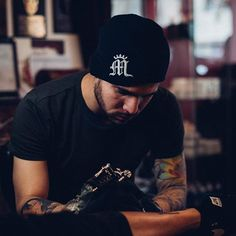 Art enables us to find ourselves and lose ourselves at the same time. Tattoo artist Jean Alvarez shown in his artistic element. Photo by @jckcproductions . #HumansOfMiami #MiamiTattooCo #Passion #TattooArtist