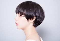 Trendy Ideas For HairStyles Discovred by : otter kana Short Hairstyles For Women, Pretty Hairstyles, Cut My Hair, Your Hair, Short Hair Cuts, Short Hair Styles, Pixie Cuts, Long Gray Hair, Hair Arrange