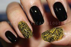 nail art -- freehand lines -- gotta try this!