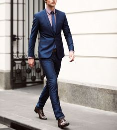 5 estilos de trajes de vestir que debes conocer antes de comprar uno Camisa  Azul Hombre 0c1d423b5df