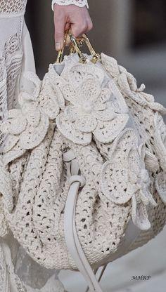 Mode Crochet, Knit Crochet, Macrame Bag, Creation Couture, Crochet Handbags, Summer Bags, Knitted Bags, Handmade Bags, Beautiful Bags