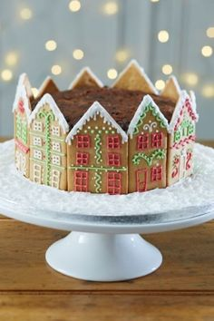 Gingerbread houses are cute, yes, but whole cakes lined in gingerbread house cookies are yummier. Get the recipe from Hobbycraft »