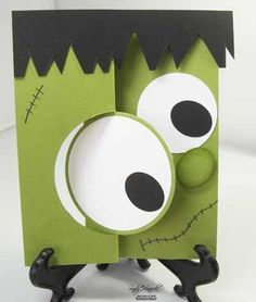 circle swing card turned into Frankenstein& head . lime green with black and white . Thanksgiving Cards, Holiday Cards, Halloween Cards, Halloween Fun, Swing Card, Flip Cards, Cool Cards, Creative Cards, Kids Cards