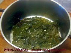 Ντολμαδάκια γιαλαντζί με αμπελόφυλλα Palak Paneer, Spinach, Vegetables, Ethnic Recipes, Food, Essen, Vegetable Recipes, Meals, Yemek