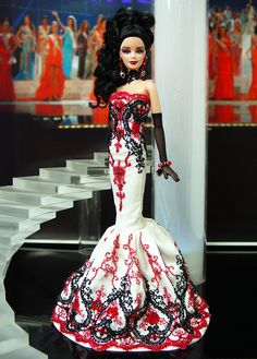 """Barbie. Check out my AFFORDABLE doll store: <a href=""""http://astore.amazon.com/bandwapopulcultu"""" rel=""""nofollow"""" target=""""_blank"""">astore.amazon.com...</a>. Curated by NYC Metro Fandom. NYC Tri-State Fan Events: <a href=""""http://yonkersfun.com/category/fandom/"""" rel=""""nofollow"""" target=""""_blank"""">yonkersfun.com/...</a>"""
