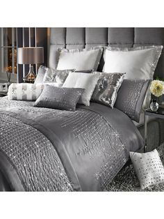 By Caprice Teardrop Duvet Cover in Double, King and Super King sizesFlaunting a breathtaking combination of sophisticated elegance and sparkling opulence, the Teardrop range has been designed b King Size Duvet Covers, Bed Duvet Covers, Duvet Cover Sets, Silver And Grey Bedroom, Velvet Bedroom, Velvet Duvet, Grey Room, Luxury Bedding Sets, Comforter Sets