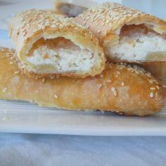 School Snacks, Hamburger, Breads, Food, Bread Rolls, Essen, Bread, Burgers, Meals