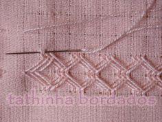 Bordados Variados                             Tricô                                     Crochê                                                 Artesanatos