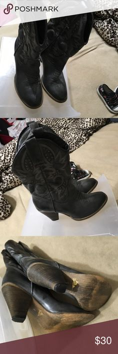 Very Volatile cowboy boots Size 6 Very Volatile Shoes Heeled Boots