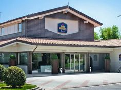 Formigine Best Western Plus Hotel Modena Resort Italy, Europe Stop at Best Western Plus Hotel Modena Resort to discover the wonders of Formigine. The hotel has everything you need for a comfortable stay. Service-minded staff will welcome and guide you at the Best Western Plus Hotel Modena Resort. Guestrooms are designed to provide an optimal level of comfort with welcoming decor and some offering convenient amenities like television LCD/plasma screen, air conditioning, heating...