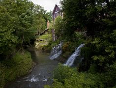 Yellow Springs features the epitome of small town charm. Home to Antioch College and a colorful downtown, this artsy little town offers unique shops, local eateries and small town life at its finest