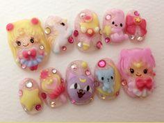 OMGSH IT'S SAILOR MOON!! :D Decoden nails COVET