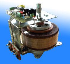 variatore di tensione motorizzato e stabilizzato con segnale analogico e potenziometro