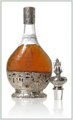The Macallan-Glenlivet Distillery 1938 Decanter With 37 Years Old Scotch Whisky Cigars And Whiskey, Scotch Whiskey, Bourbon Whiskey, Whiskey Bottle, Irish Whiskey, Gin, Alcohol Bottles, Liquor Bottles, Tequila