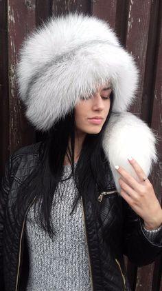 Real white arctic fox fur full fur hat. Detachable tail. S/M or L/XL #Handmade #classic