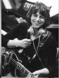 This charming smile...oh Greg! You were such a unique and vital soul. Emerson Lake & Palmer, Greg Lake, King Crimson, Psychedelic Bands, Progressive Rock, World Music, Rock Music, Cool Bands, The Beatles