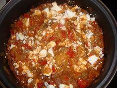 Mancare de vinete cu rosii si usturoi - Bucataria cu noroc Chili, Anna, Soup, Recipes, Kitchens, Chile, Chilis, Soups, Recipies