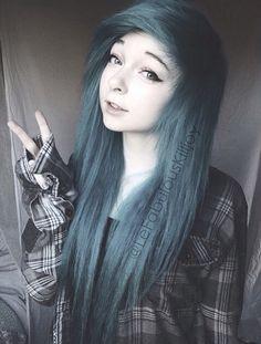 ((Fc;; Lefabulouskilljoy)) H-hi, I-I'm Elizabeth. I'm 18 and single. I l-love photography and I'm ki-kind of shy. Introduce p-please?