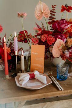 Wedding Show, Wedding Table, Summer Wedding, Flower Decorations, Wedding Decorations, Table Decorations, Wedding Color Schemes, Wedding Colors, Floral Wedding