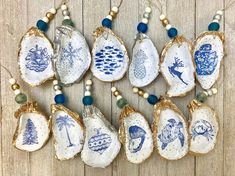 """Hand made blue and white oyster ornamentsListing is for one ornament3-4"""" Seashell Painting, Seashell Art, Seashell Crafts, Beach Crafts, Seashell Ornaments, Oyster Shell Crafts, Oyster Shells, Oyster Diy, Clam Shells"""