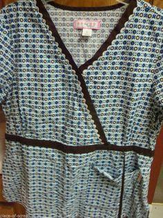 KOI Scrub Top large L Womans uniform Shirt Kathy Peterson Nurse Girly Floral #Koi #scrubs #ebay