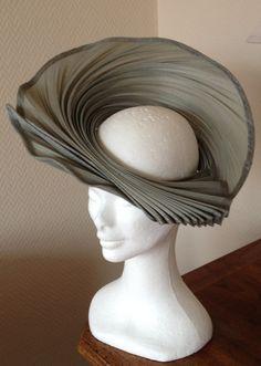 Facinator Hats, Fascinators, Headdress, Headpiece, Styrofoam Head, Royal Ascot Hats, Over 60 Fashion, Fedora Hat Women, Latest African Fashion Dresses