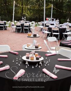Cupcake centerpiece for each table    Savoring The Sweet Life Photography