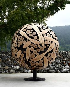 Wood sculptures crafted from discarded tree trunks and branches (by South Korean artist Jae-Hyo Lee)